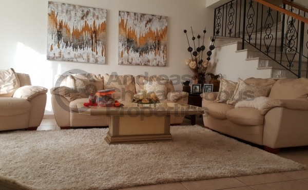 SPACIOUS AND LUXURY HOUSE IN PYLA