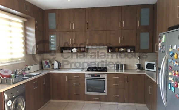 3 BEDROOM TWO STOREY HOUSE IN STROVOLOS