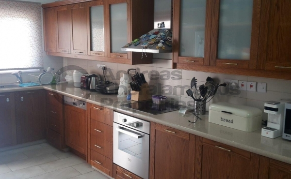 4 bdr Upper House in Strovolos